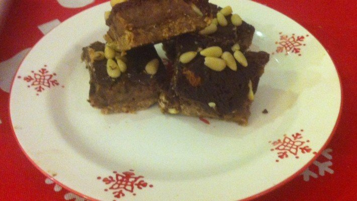 I Can't Believe these are actually good for us – Raw Snicker Bars